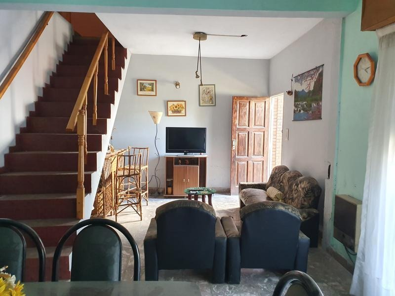 vivienda multifamiliar - 2 unidades de 3 ambientes y una unidad de 4 ambientes