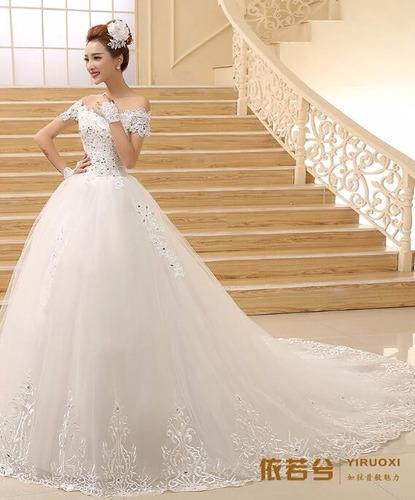 vl05 vestido de noiva lindo com cauda importado renda