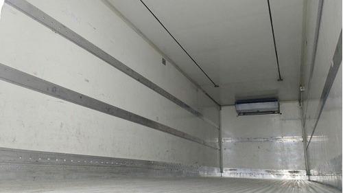 vm 260 ano 2011 6x2 baú refrigerado