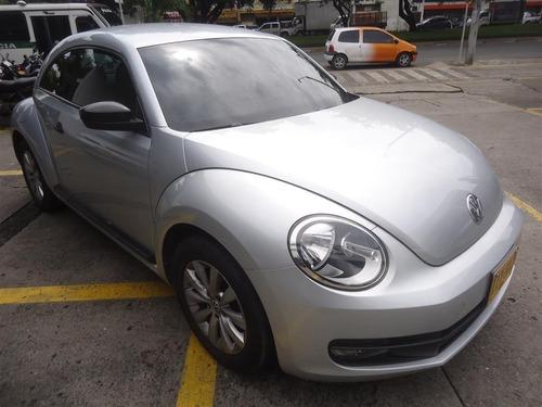vokswagen new beetle desing motor 2.5 cc modelo 2016