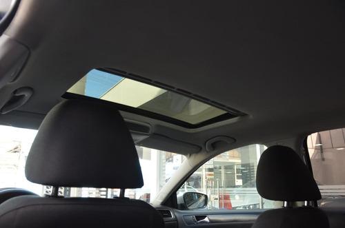 vokswagen new jetta trendtline 2.5 aut dks844