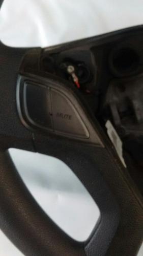 volante com controle do som hb20