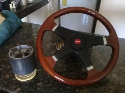 volante de madera con 2 adapatadores
