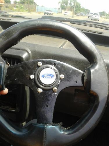 volante deportivo con adaptador y pulsador de corneta