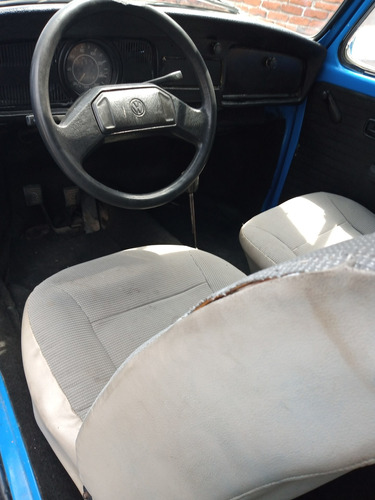 volksvagen sedan modelo 82 2 puertas