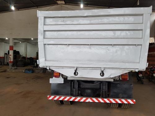 volkswagem 31-320 6x4 ano 2010/2010 caçamba
