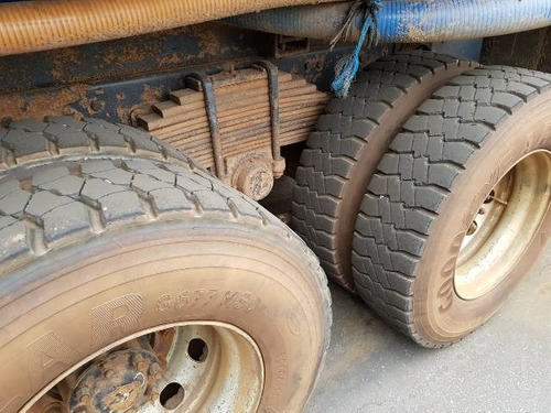 volkswagem 31-320 6x4 ano 2011/2011 tanque pipa 20.000 l