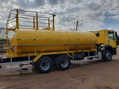 volkswagem 31-330 6x4 ano 2013 tanque pipa gascom20.000 l