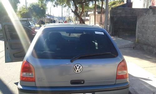 volkswagen 1000 5 puertas color azul