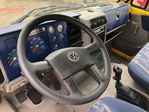 volkswagen 13-180 4x2 2011/2012 carroceria - ativa caminhões
