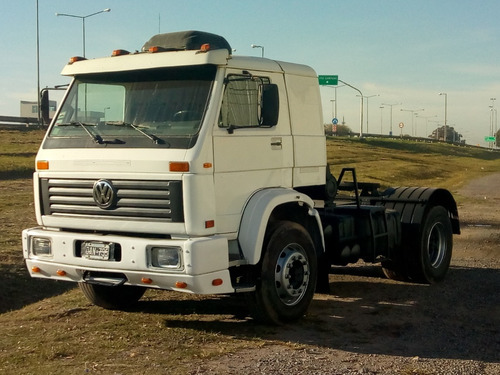 volkswagen 15-160 tractor modelo 2000