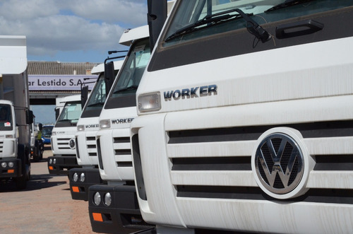 volkswagen 15-190 worker