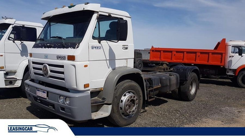 volkswagen 17-220 tractor eje simple 2005 impecable!