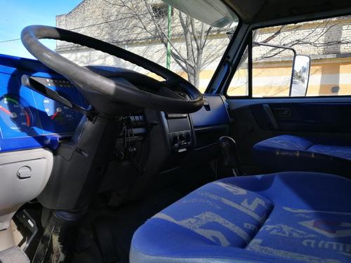 volkswagen 17.220 2005 cabina dormitorio