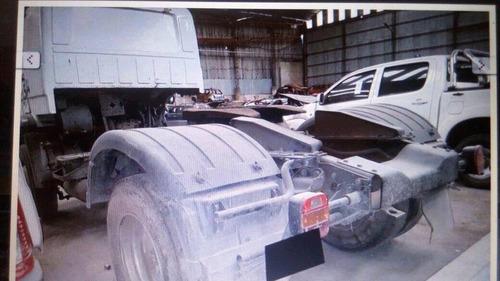 volkswagen 17.220 chocado 2013 faltantes liquido