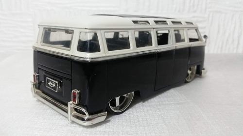 volkswagen 1962 bus escala 1/24 coleccion jada prec 25 vdes