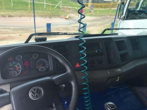 volkswagen 24.280 6x2 2013 baixo km = vw chassis truck iveco