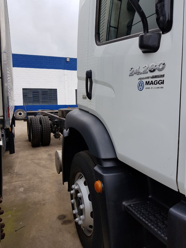 volkswagen 24280 caminhão