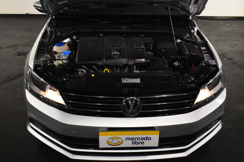 volkswagen 2.5 luxury 170cv tiptronic 2015 rpm moviles