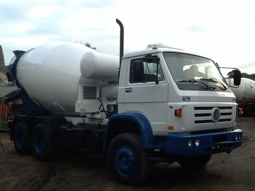 volkswagen 26260 com betoneira usada 2009 tenho vários