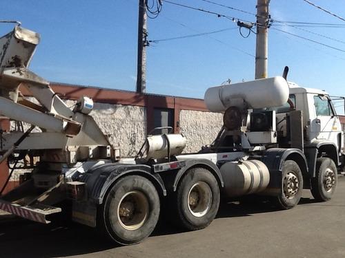 volkswagen 26260e 4º eixo bitruck chassi platafoma betoneira