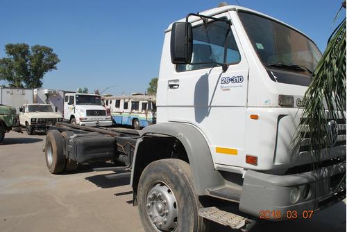 volkswagen 26.310 tatu 6x4 2005 balancin