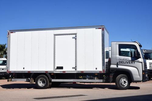 volkswagen 6-160 delivery 4x2 con furgón cargas generales