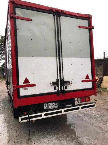 volkswagen 7-100 ( entran 8 pallets)