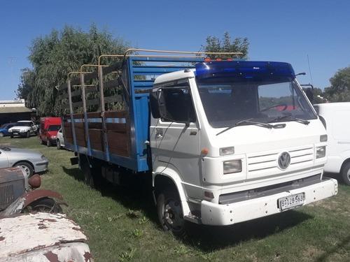 volkswagen 8 - 140
