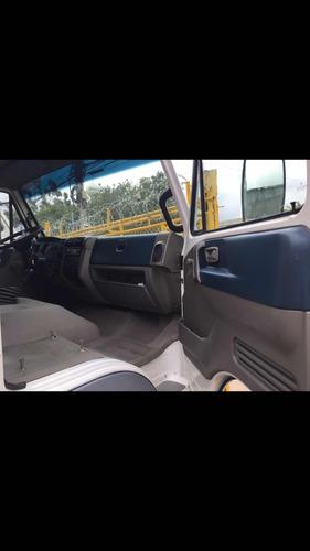 volkswagen 8.150 ano 2009/2010  c/casinha suplementar