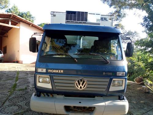 volkswagen 8.150 com baú refrigerado (vt)