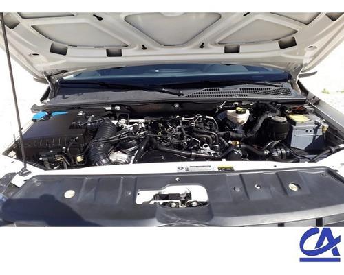 volkswagen amarok 2.0 tdi 4x2 dc trendline 180 hp 2016