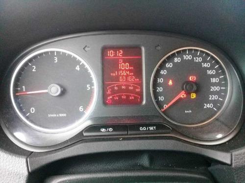 volkswagen amarok 2.0td 4x2 dc trend 180 hp año 2015