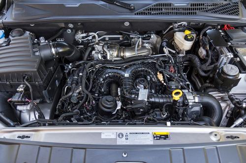 volkswagen amarok 3.0 tdi v6 comfortline at 0 km 2018 #a7