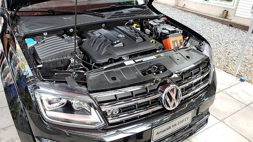 volkswagen amarok 3.0 v6 black style 4x4 automatica negra 23