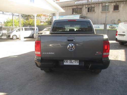 volkswagen amarok  diesel trendline 2.0 tdi 2018