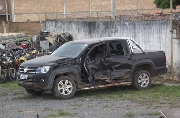 volkswagen amarok sucata para vender peças