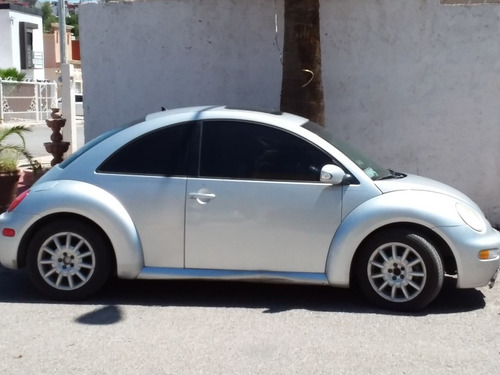 volkswagen beetle 2.0 gls at 2004