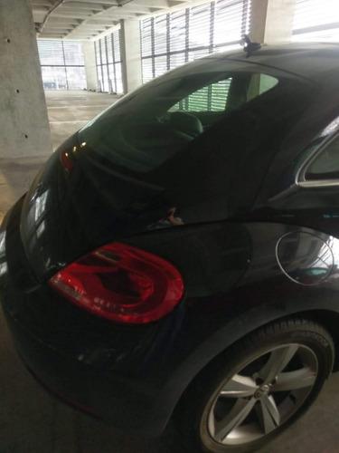 volkswagen beetle 2.5 sport at 2015 unico dueño excelente