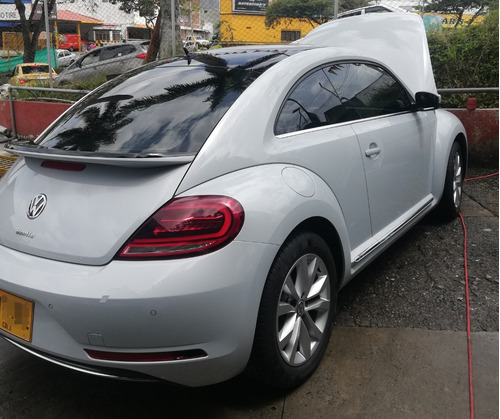 volkswagen beetle sport 2018