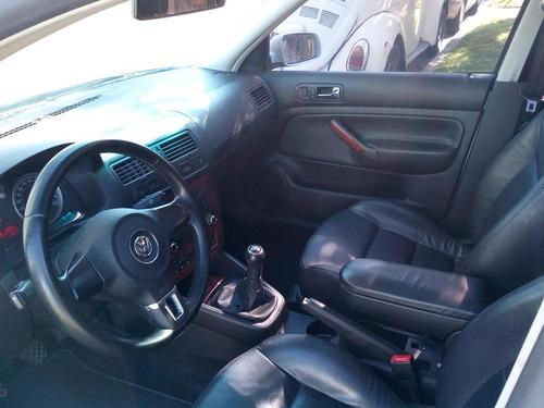 volkswagen bora 1.8 turbo 2013 manual 180 hp  permuto