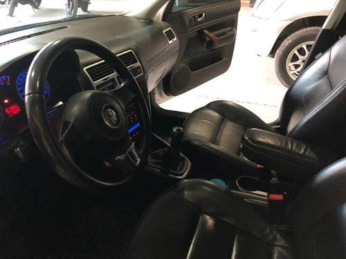 volkswagen bora 1.8 turbo - cuero manual - año 2011