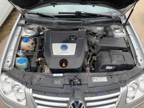 volkswagen bora 1.9 trendline i 100cv 2013 unico dueño
