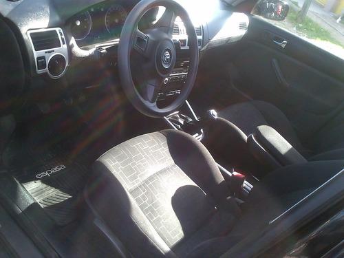 volkswagen bora 2.0 2011