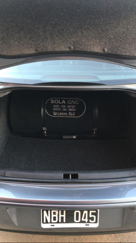 volkswagen bora 2.0 at 2013 c/gnc de 5ta!