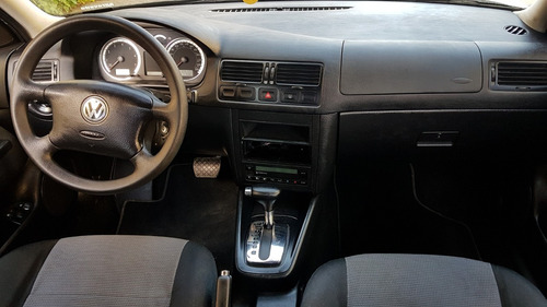 volkswagen bora 2.0 aut. 4p completo 2006
