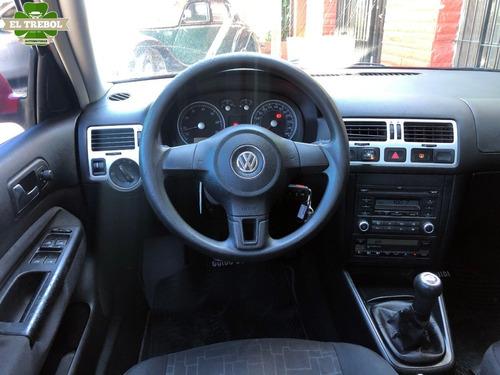 volkswagen bora 2.0 gnc 2010