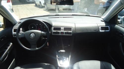 volkswagen bora 2.0 mi 8v gasolina 4p tiptronic