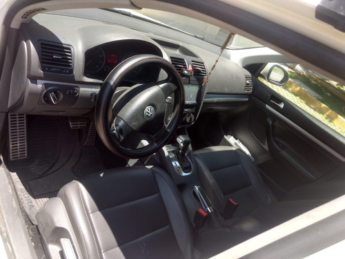 volkswagen bora 2.0 sport tiptronic at
