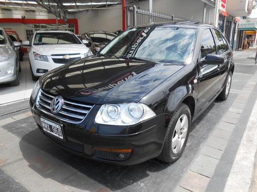 volkswagen bora 2.0 trendline a/t año 2013